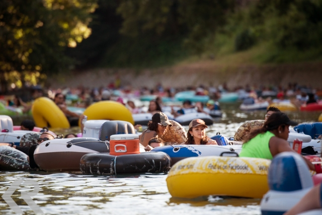 Picture of tubing in New Braunfels, Texas