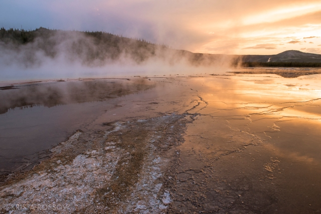 Krista-Rossow-Yellowstone-Grand-Prismatic-sunset