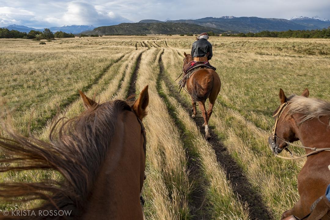 krista-rossow-chilean-patagonia-horse-gaucho